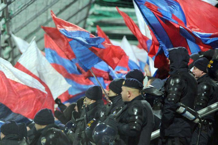 Mjesto na rujevičkom jugu navijače Hajduka stoji 70 kuna/Foto REUTERS