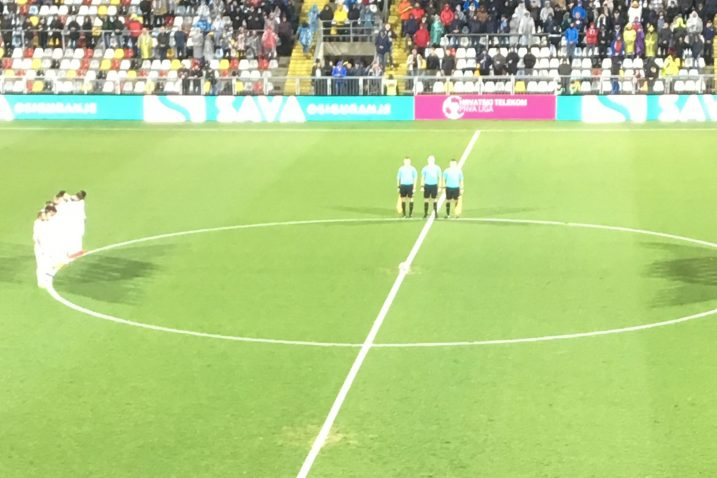 Uoči utakmice održana je minuta šutnje/I. TOMIĆ