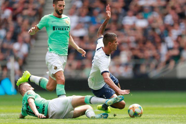 Erik Lamela (Tottenham) i Marcelo Brozović (Inter)/Foto REUTERS