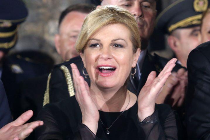 Nakon nedjeljne predstave na Kninskoj tvrđavi, predsjednica proživljava možda najgore trenutke od kada je preuzela dužnost / Foto  D. JARAMAZ/PIXSELL