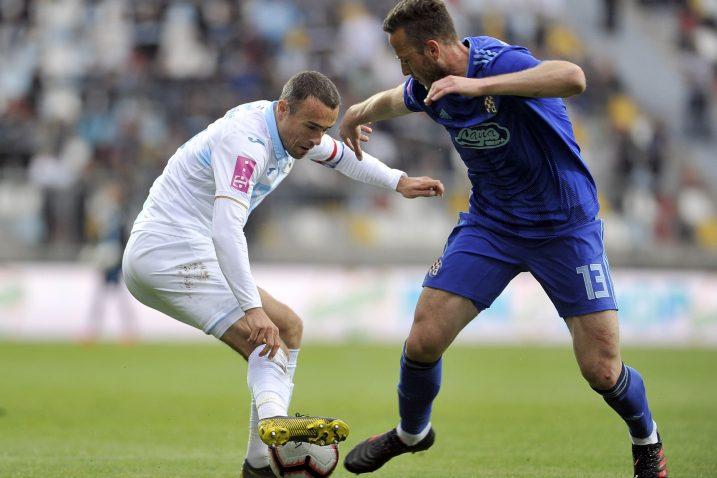 Zoran Kvržić (Rijeka) i Amir Rrahmani (Dinamo)/Foto R. BRMALJ
