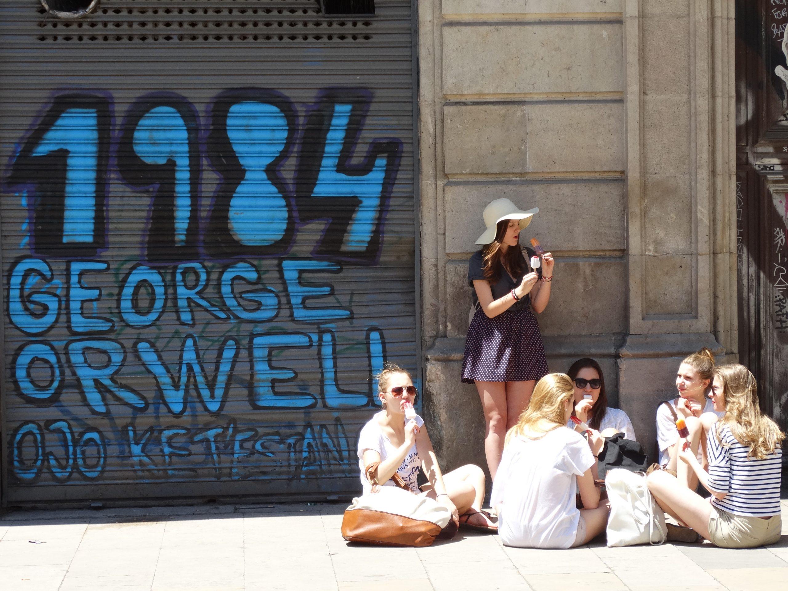 FOTO/Barcelona, 1984, Wikimedia Commons