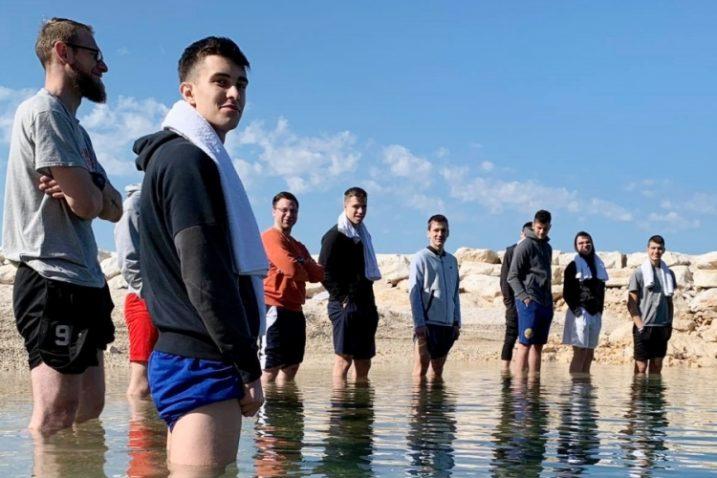 Kastavci su odigrali četiri utakmice u četiri dana, a umor pokušali izvući opuštanjem u moru