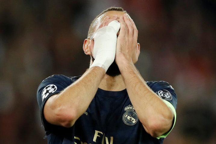 Karim Benzema nije skrivao svoj očaj nakon poraza u Parizu/Foto REUTERS