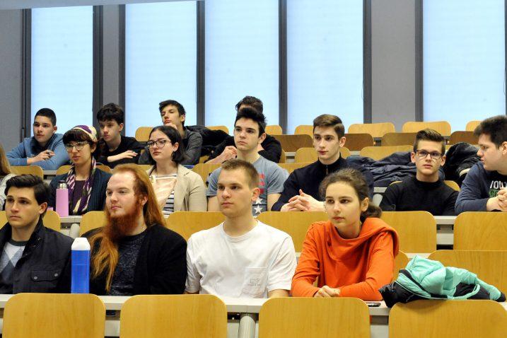 Masterclassom se omogućuje srednjoškolcima da dožive iskustvo istraživanja na najdirektniji način / Snimio Silvano JEŽINA