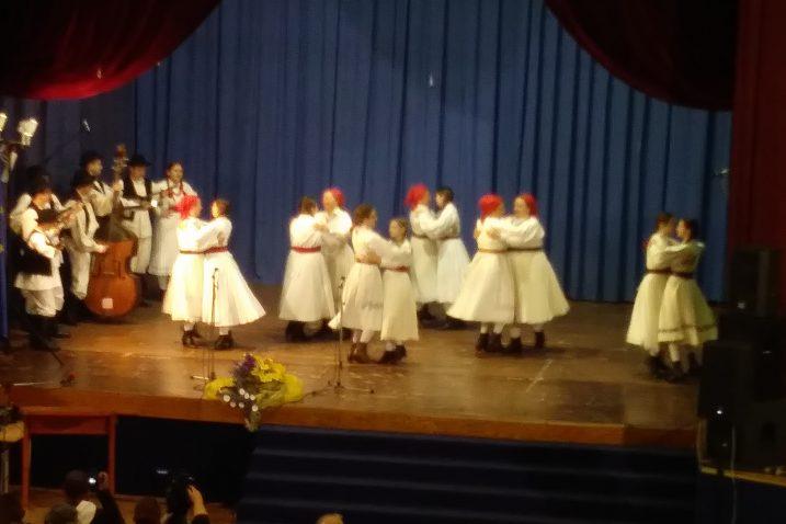 """Trenuci s ovogodišnjeg tradicionalnog  susreta KUD-ova """"More i ravnica"""" u Novom Vinodolskom (snimio: F. DERANJA)"""