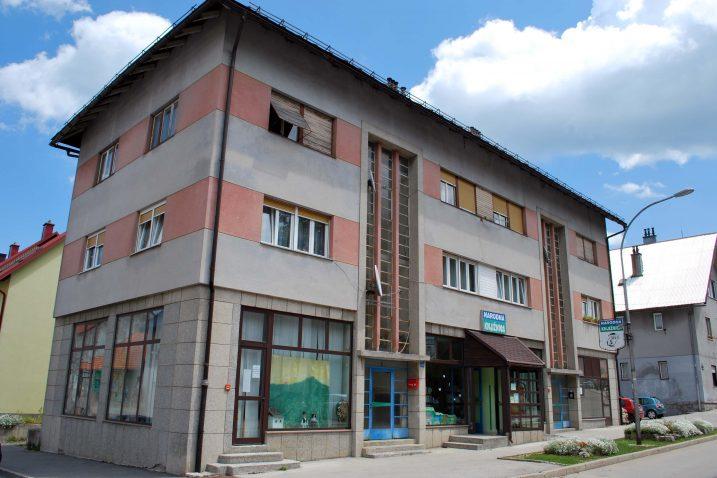 Narodna knjižnica i čitaonica Delnice / Snimio Marinko KRMPOTIĆ
