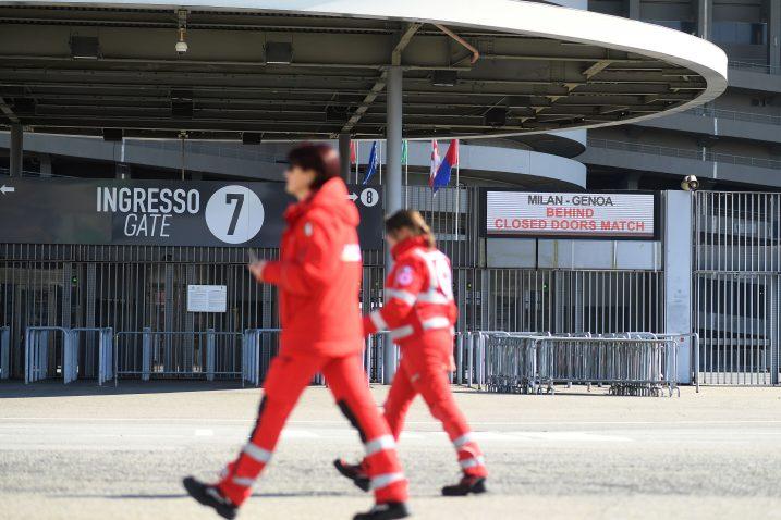 Stadion San Siro prije početka utakmice Milana i Genoe/Foto REUTERS