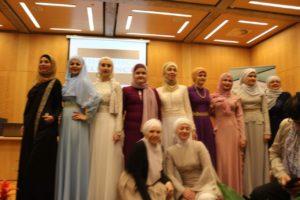 Pedesetak odjevnih kombinacija nosilo je deset djevojaka i mladih žena iz Rijeke