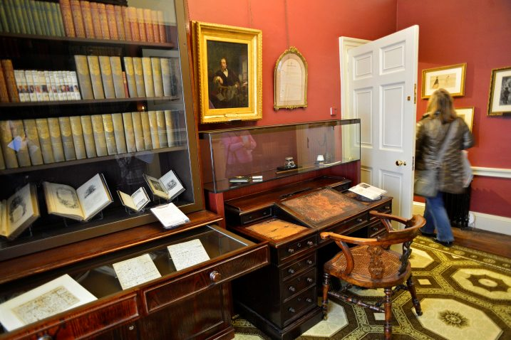 FOTO/Muzej Charlesa Dickensa, REUTERS