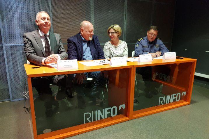 Konferencija za novinare u Ri info centru