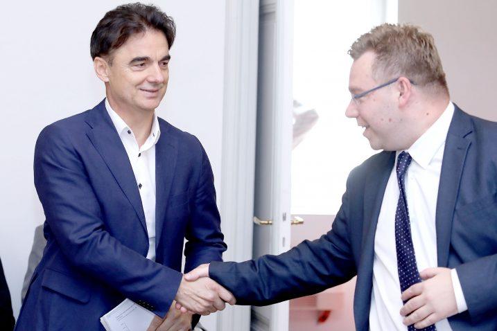 U nečemu ipak složni Branko Grčić (SDP) i Marko Pavić (HDZ) / Foto Patrik MAČEK/PIXSELL