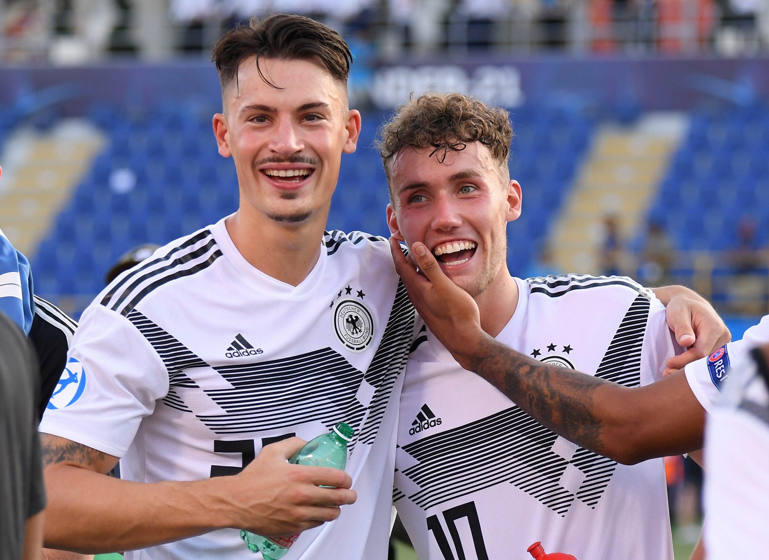 Luca Waldschmidt i Robin Koch (Njemačka)/Foto REUTERS