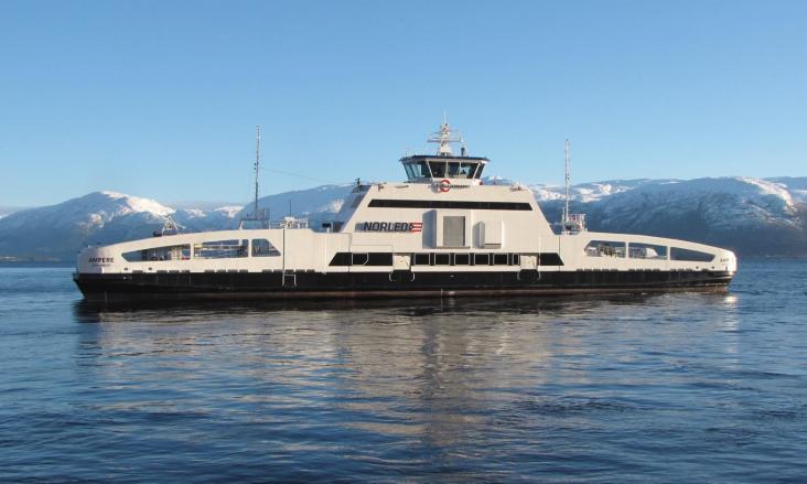Električni trajekt plovi norveškim fjordovima