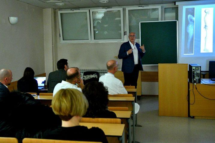 Predavanje spinalnog kirurga iz Italije dr. Josipa Burića / Foto KBC