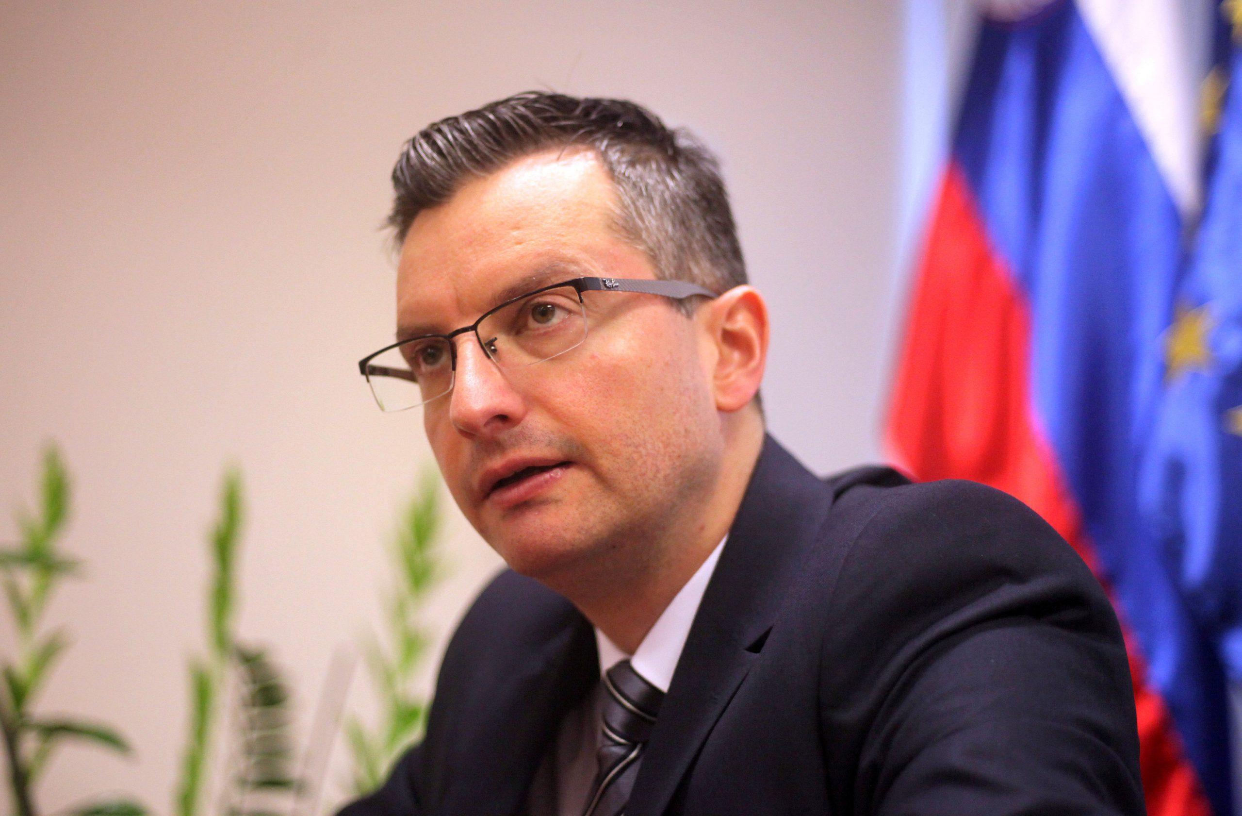 »Opet se crtaju zemljovidi i obnavljaju stare tradicije, pa čak i pozivi na popisivanje slovenske manjine u susjednoj državi, kako bi imala što manje prava«, kazao je Šarec / Reuters
