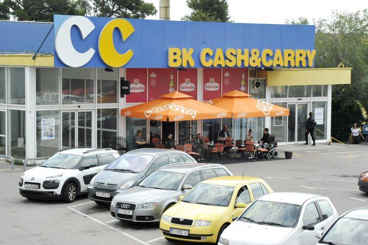 Zatvoreni Cash& Carry - uskoro novi vlasnik / Snimio Sergej DRECHSLER