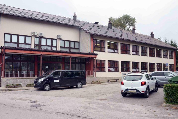 Osnovnu školu Skrad ove školske godine pohađaju četiri prvašića / Snimio Marinko KRMPOTIĆ