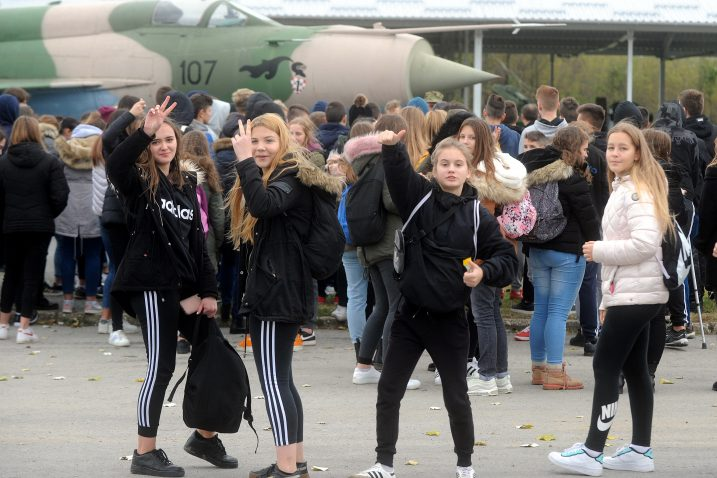 Učenici OŠ Sv. Matej u Vukovaru / Foto: M. GRACIN