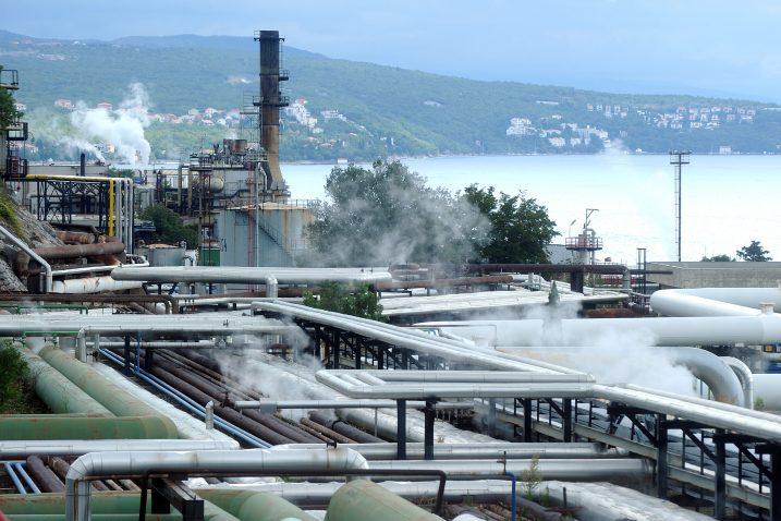 Rafinerija nafte u Urinju - konačno donesena odluka o ulaganju i modernizaciji / Foto M. GRACIN