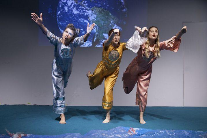 Predstava spaja kazališni medij, scenski pokret i lutkarstvo s videom i autorskom glazbom / Foto M. LEGOVIĆ