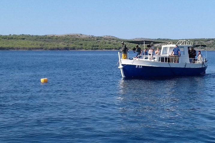 Brod Sebastiana Raljevića u ribolovu u akvatoriju Dugog otoka / Snimio Boris PAVELIĆ