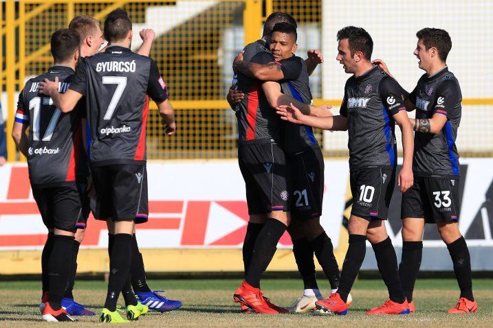 Brazilac Jairo, u središtu splitskog slavlja, zabio je dva gola u Zaprešiću/Foto PIXSELL