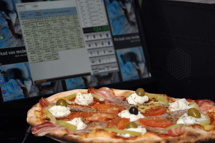 Izađe li gost s komadom pizze u rukama vani, ugostitelj će biti u problemu / NL arhiva