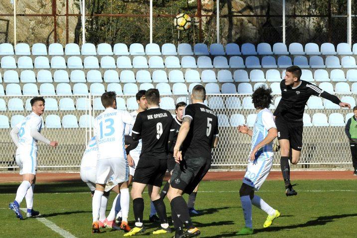 Detalj s utakmice nogometaša Opatije i Trnja/Foto S. DRECHSLER