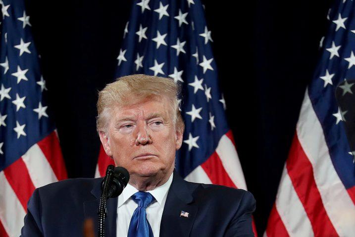 Upitno je hoće li Donald Trump završiti mandat u Bijeloj kući  Foto/REUTERS