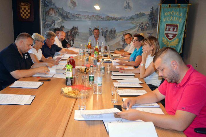 Fužinski općinski vijećnici raspravljali su najviše o financijama / Foto Marinko KRMPOTIĆ