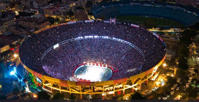 Na stadionu je bilo 42.517 gledatelja/Foto Twitter