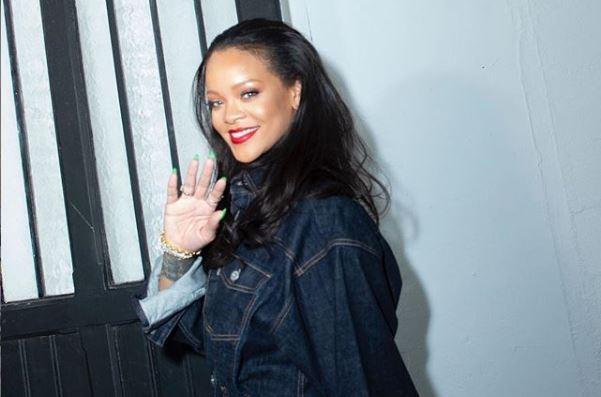 FOTO/Rihanna Instagram