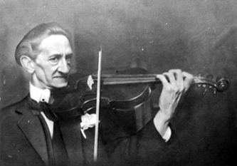 Franjo Kresnik, čovjek koji je imao moć čitati violine, prodirući u dušu ovih instrumenata i koji je ljubavlju prema violini nadišao sve političke granice svoga vremena