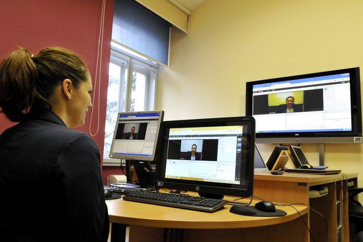 On-line studije biraju mladi zaposleni ljudi ili pak mlade majke koji su mjestom prebivališta udaljeni od Rijeke