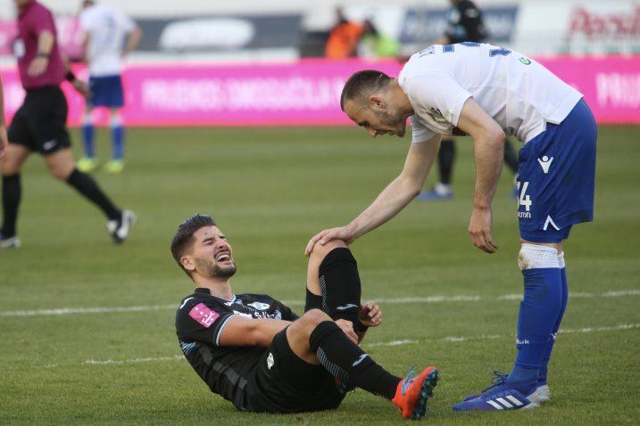 Antonio Mirko Čolak (Rijeka) i Ardian Ismajli (Hajduk)/Foto PIXSELL