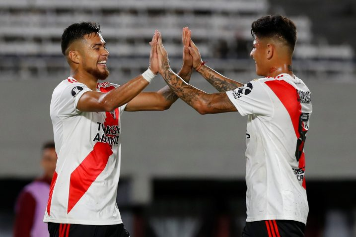 Paulo Diaz i Jorge Carrascal (River Plate)/Foto REUTERS