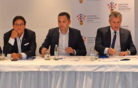Damir Mišković, Marijan Kustić i Davor Šuker/Foto hns-cff.hr