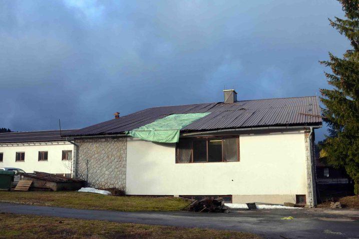 Nužna će biti promjena cjelokupnog krova na kuhinji Domske vile Vinka / Snimio Marinko KRMPOTIĆ