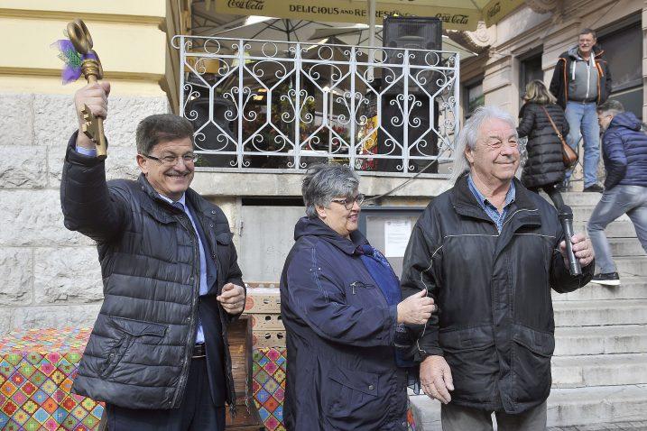 Ivo Dujmić dobio je ključ od Duška Jeličića Duleta / Snimio Roni BRMALJ