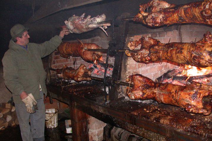 """""""Lička janjetina"""" je svježe janjeće meso hrvatske izvorne pasmine ovce, lička pramenka, istaknuo je ministar Tolušić"""