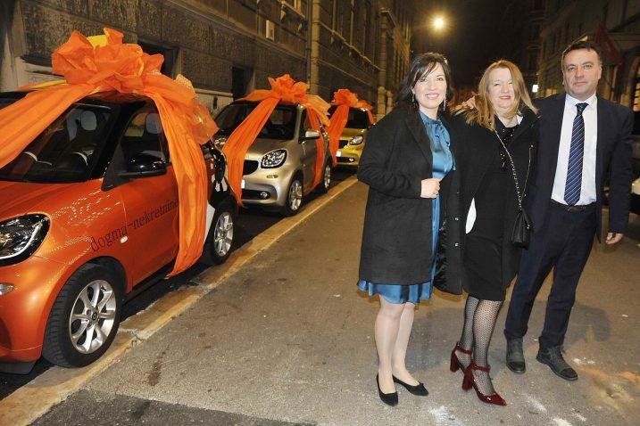 Automobile smart za 20 godina vjernosti dobili su Danijela Korkut, Gordana Horvat-Ilić i Nenad Jurković / Snimio Sergej DRECHSLER