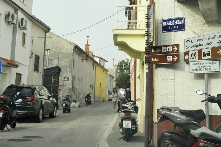 Ulice kojima slijedi rekonstrukcija su vrlo uske / Snimio Sergej DRECHSLER