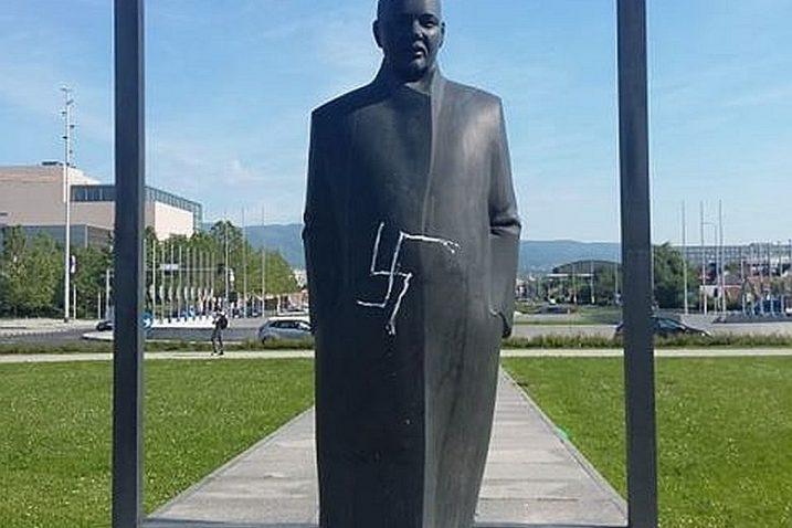 Vandaliziran Spomenik U Zagrebu Nepoznati Maloumnik Nacrtao