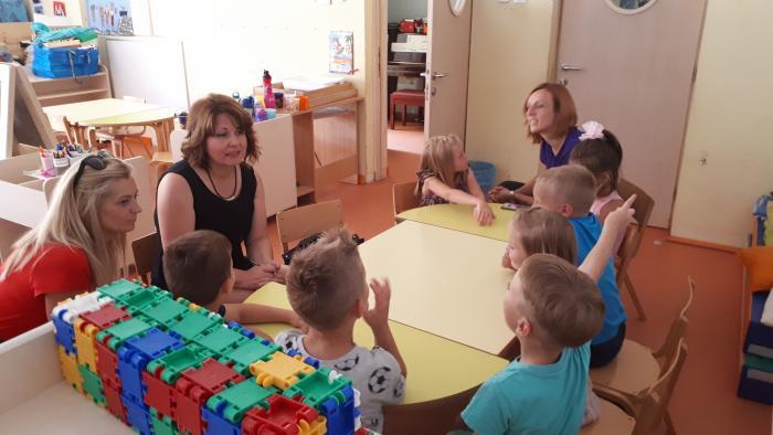 Sanja Udović s viškovskim mališanima