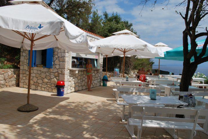 Hrvatska ima najljepše more i obalu - detalj iz kampa Poljana / Arhiva NL