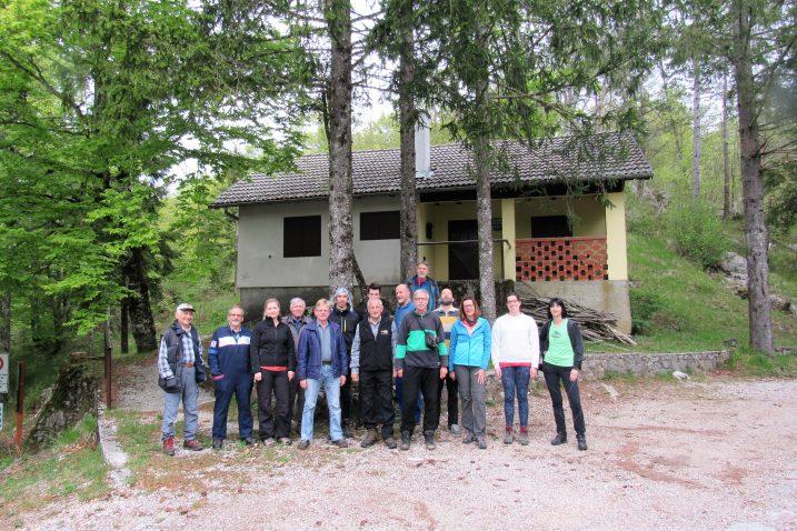 Članovi grupe zadužene za čišćenje planinarskih puteva bili su podijeljeni u četiri skupine, od kojih je svaka bila raspoređena na zasebnu dionicu