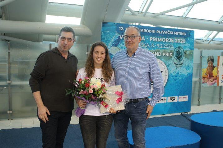 Ana Matković s Renatom Kostovićem i Andrejem Marochinijem