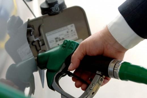 Benzin u Hrvatskoj od ponoći poskupio, cijena dizela ostala ista kao prošli tjedan