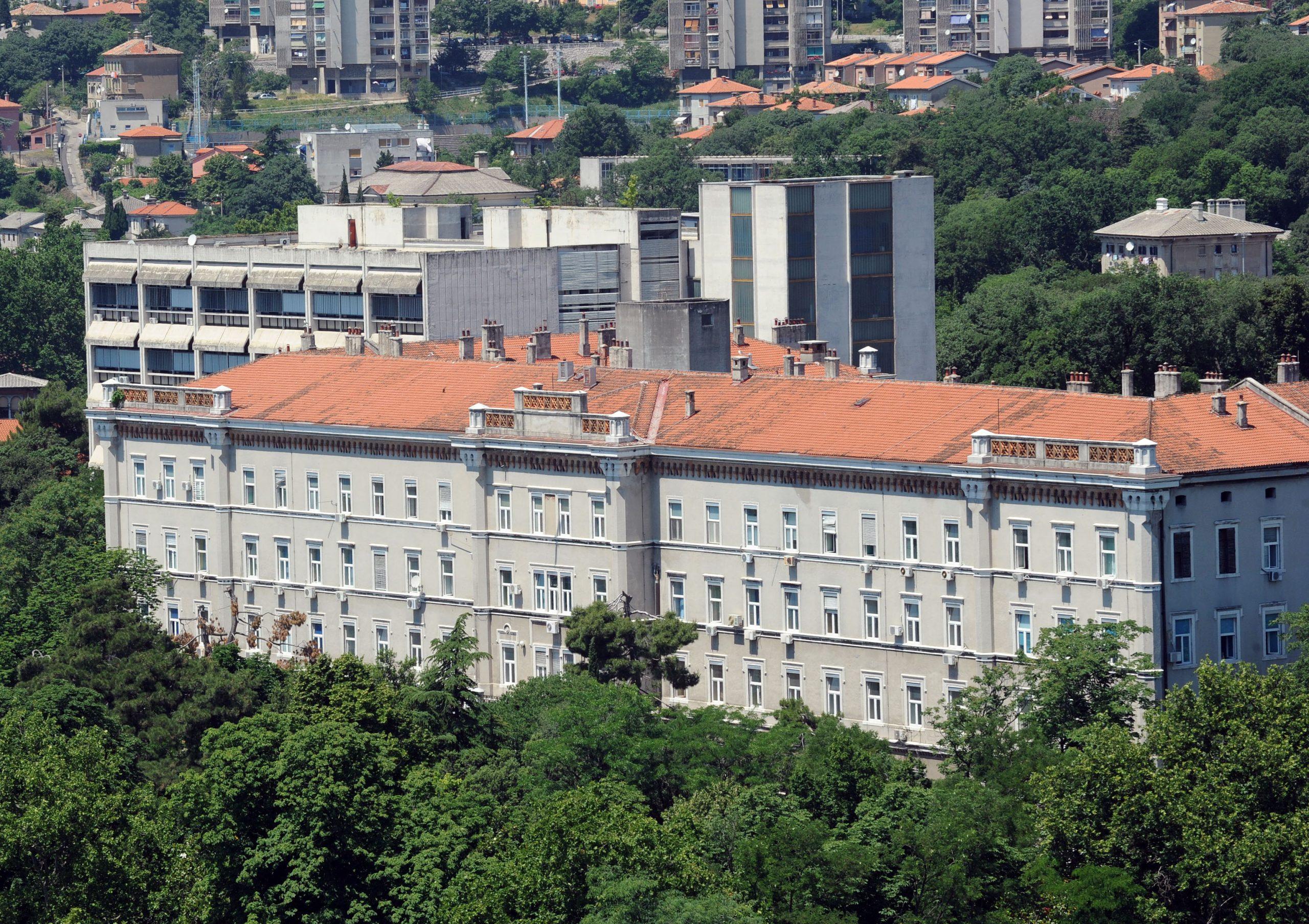 Stara zgrada KBC-a Rijeka / NL arhiva